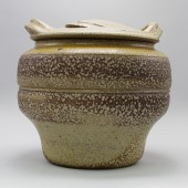 American Museum of Ceramic Art, AMOCA, 2005.5.54.ab, gift of James W and Jackie Voell