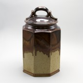 American Museum of Ceramic Art, AMOCA, 2004.2.289, gift of American Ceramic Society