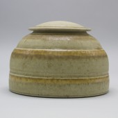 American Museum of Ceramic Art, AMOCA, 2005.2.79.ab, gift of James W. and Jackie Voell